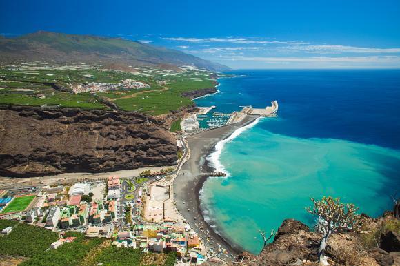 La Palma er den nordvestlige af Kanarieøerne og en populær destination hos Bravo Tours.
