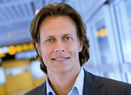 """""""Der er store volumener af passagerer, der ønsker at komme andre steder hen end til København,"""" siger Sønderborg Lufthavns nye direktør Christian Berg."""