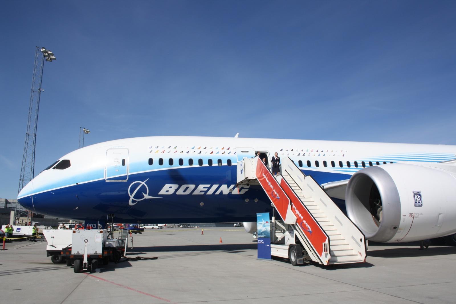 Boeing 787-8 Dreamliner på besøg i Oslo Lufthavn i maj 2012. (Foto: Andreas Krog)