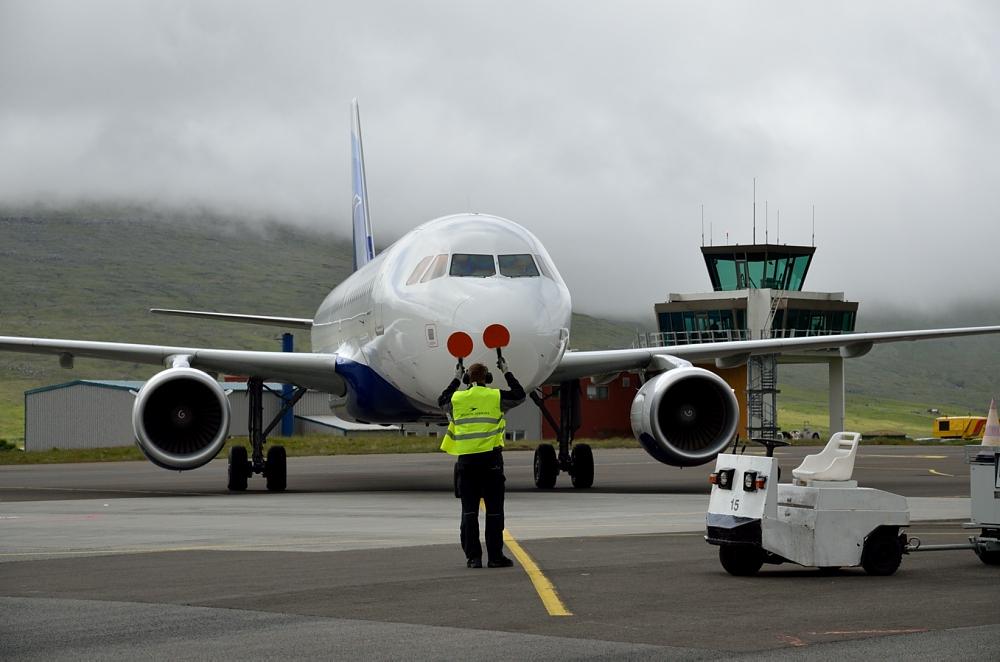 Flyankomst i Vagar Lufthavn. (Foto: Morten Lund Tiirikainen)