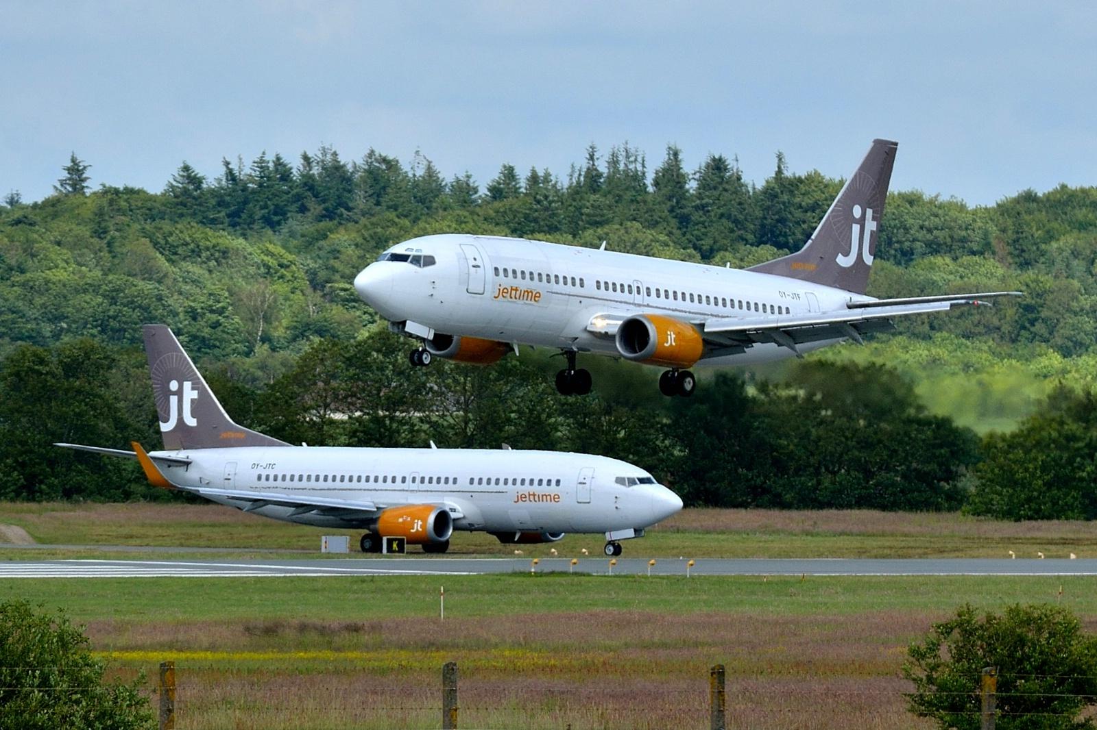 Boeing 737-fly fra Jet Time. (Foto: Morten Lund Tiirikainen)