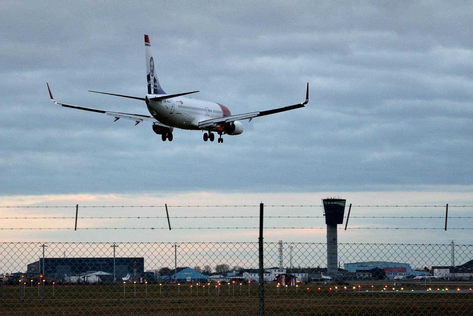 Ankommende fly i Københavns Lufthavn (Foto: Morten Lund Tiirikainen)