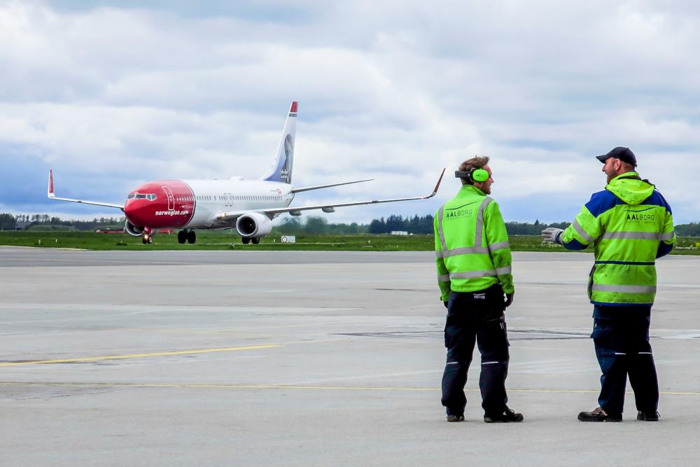 Ankommende Norwegian-fly i Aalborg Lufthavn. (Foto: Morten Lund Tiirikainen)