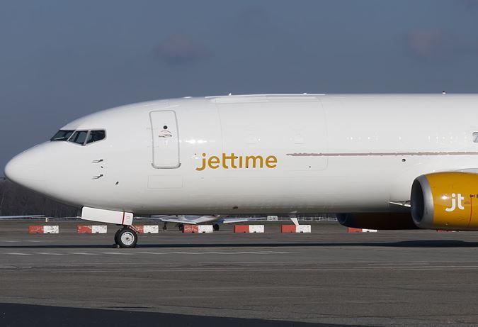 Boeing 737-400 fragtfly fra Jet Time.