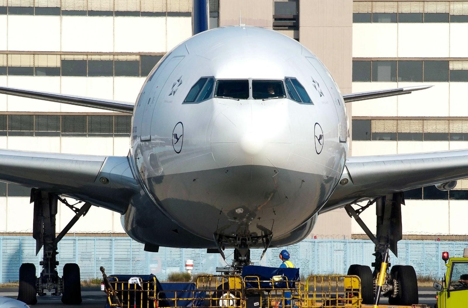 Lufthansa A330-300.