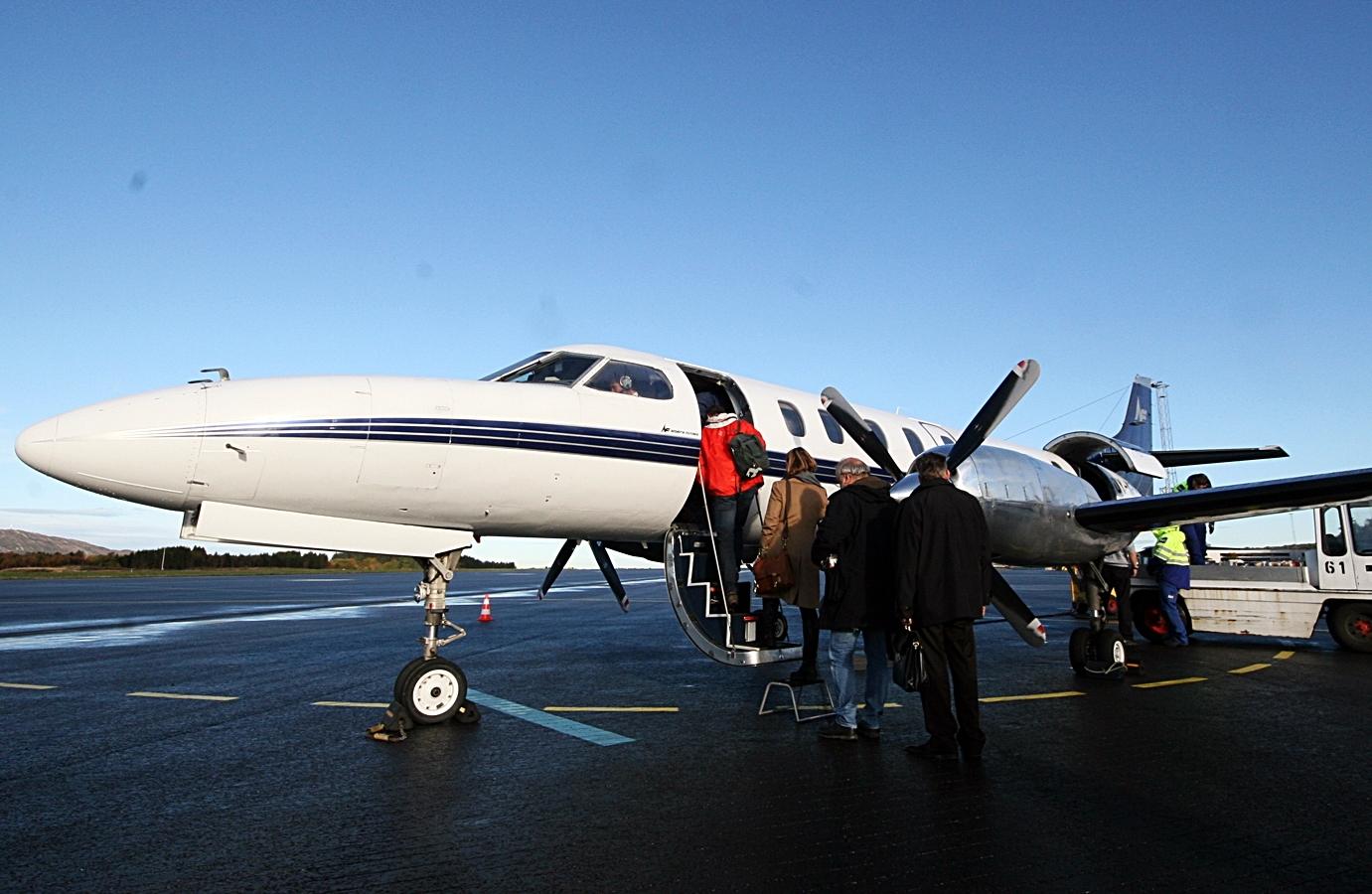 Et af North Flyings Metroliner-fly på Svalbard (Foto: Oddgeir Tørresdal)