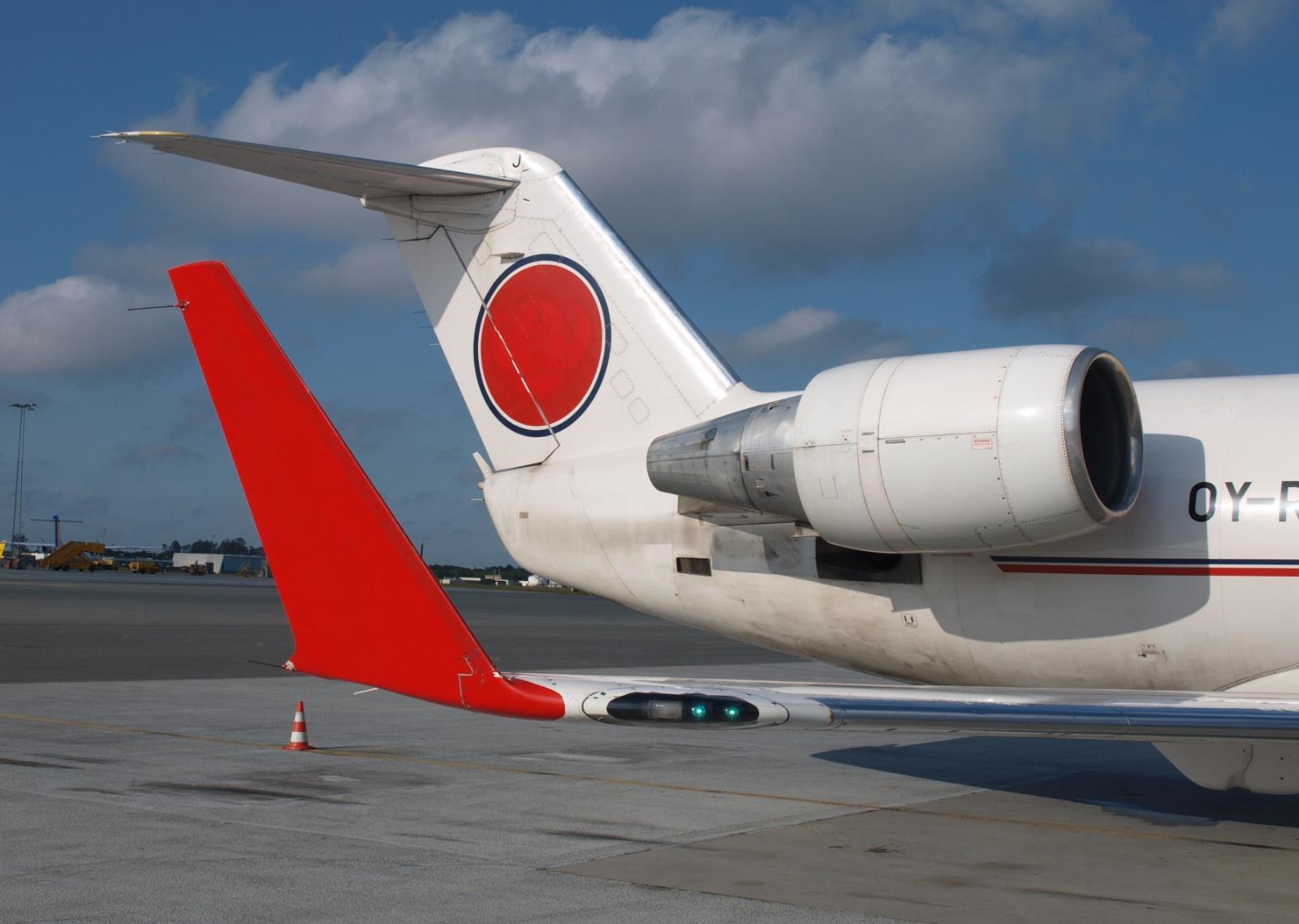 CRJ200 fly fra Cimber A/S. som det så ud få måneder efter konkursen. (Foto: Ole Kirchert Christensen)
