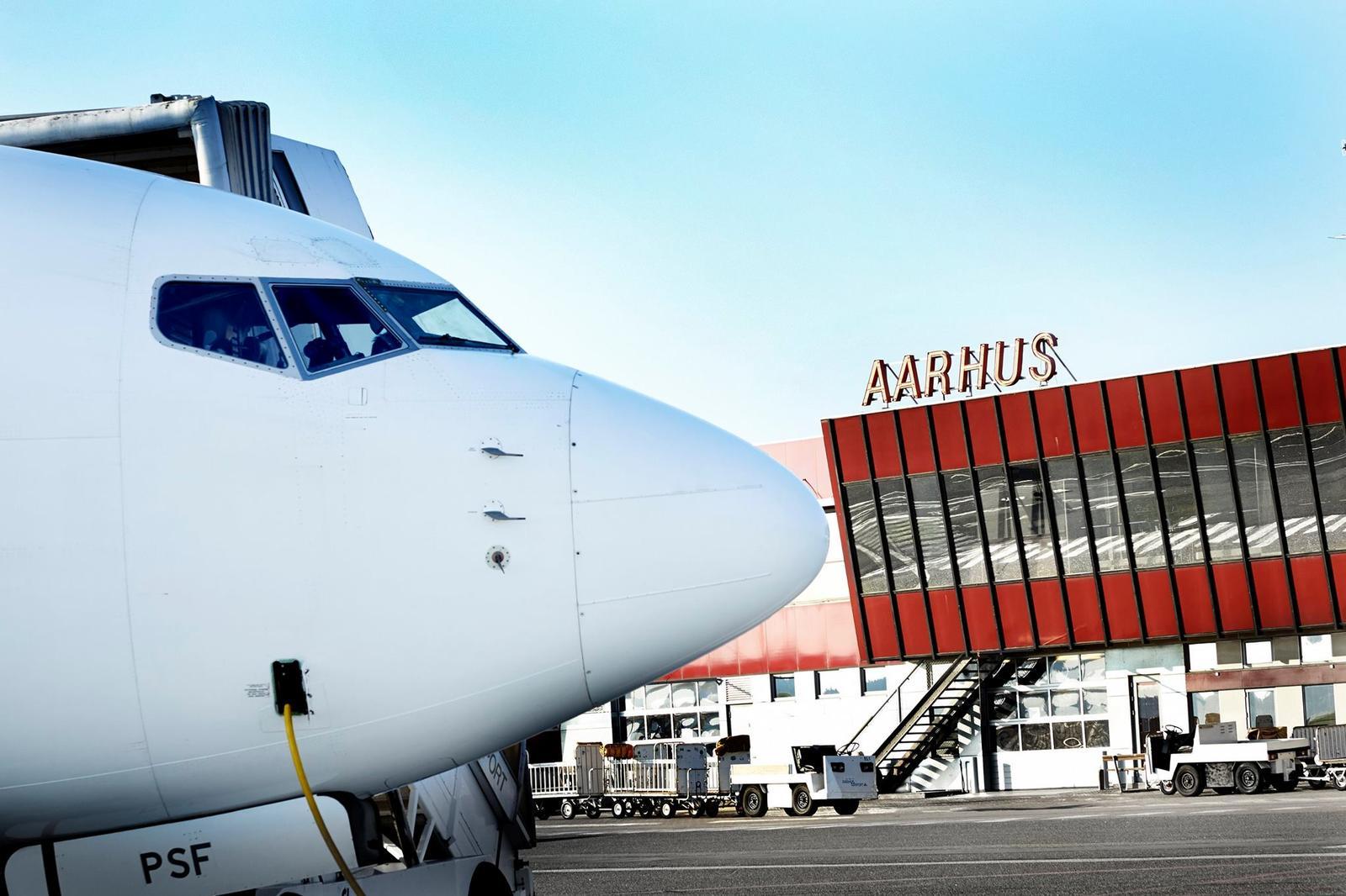 SAS-fly i Aarhus Lufthavn.