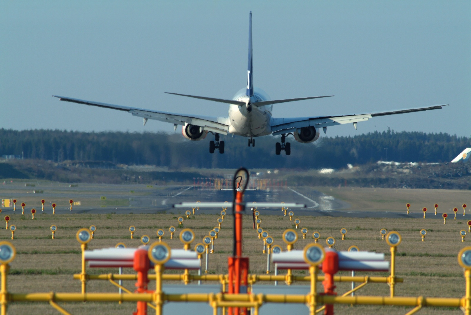 SAS-fly i Stockholm Arlanda Lufthavn (Foto: Peter Phillips)