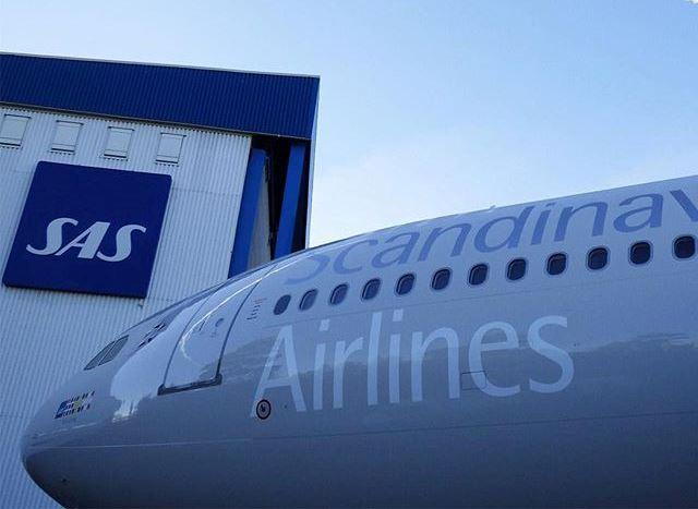 Flere langdistancefly stod på jorden i påsken, hvorfor SAS måtte aflyse næsten hver 10. afgang.