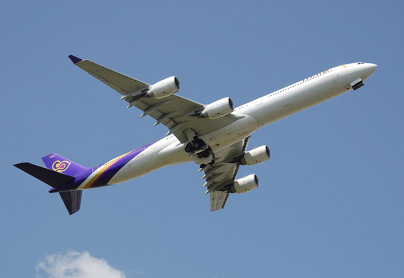Airbus A340-600 fra Thai Airways (Foto: Adrian Pingstone)
