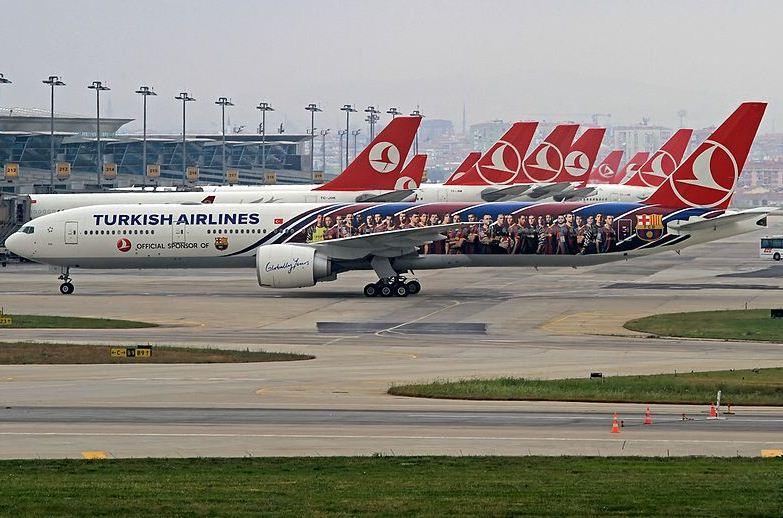Turkish Airlines-fly i Istanbul Atatürk Airport. (Foto: Mertborak | CC 2.0)