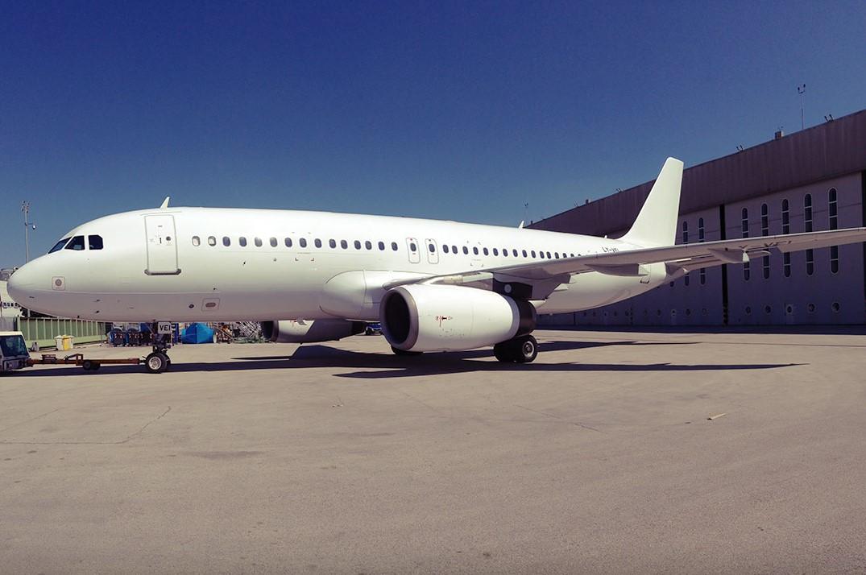 Airbus A320-200, reg. LY-VEI fra Avion Express (Foto: Avion Express)