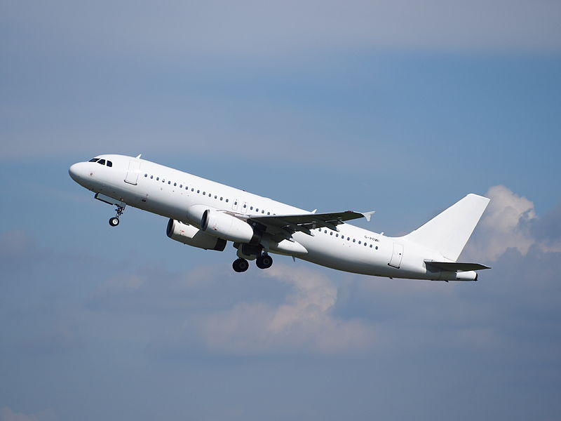 Titan Airways A320-200. (Foto: Alfvanbeem / Wikipwedia)