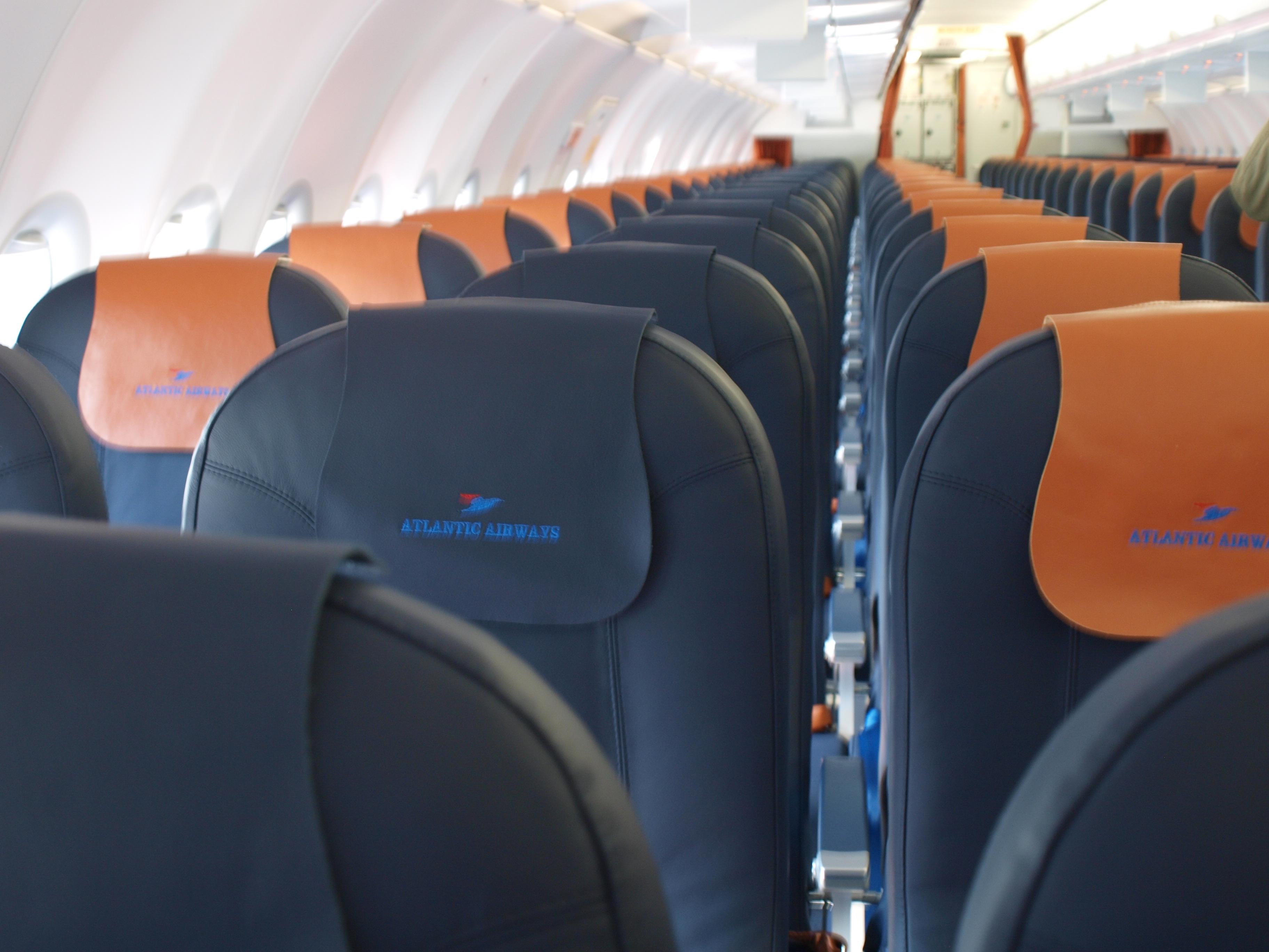 Kabinen i Atlantic Airways A319 (Foto: Ole Kirchert Christensen)