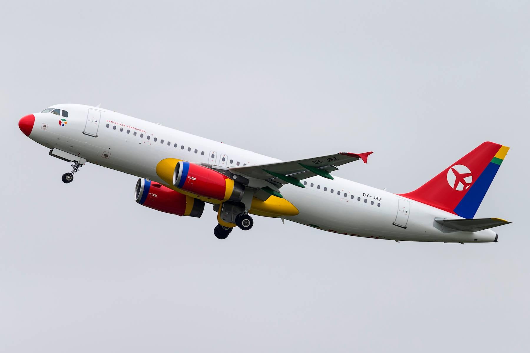 DAT A320-200 med registreringen OY-JRZ.