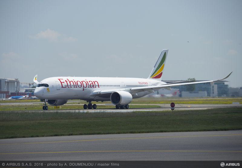 Ethiopian Airlines modtog i slutningen af juni 2016 sit første af i alt 14 Airbus A350-900 langdistancefly. (Foto: Airbus)