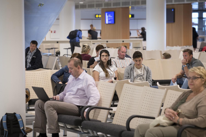 Københavns Lufthavn fik i 2016 et nyt venteområde ved de såkaldte busgates. Foto: Ernst Tobisch/CPH