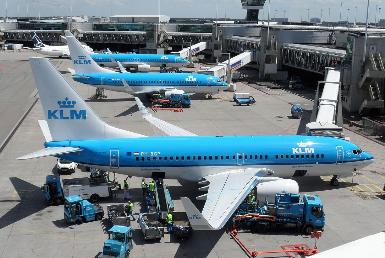 KLM-fly i Amsterdam Schiphol-lufthavnen. (Foto: Sascha Porsche / Wikimedia Commons)