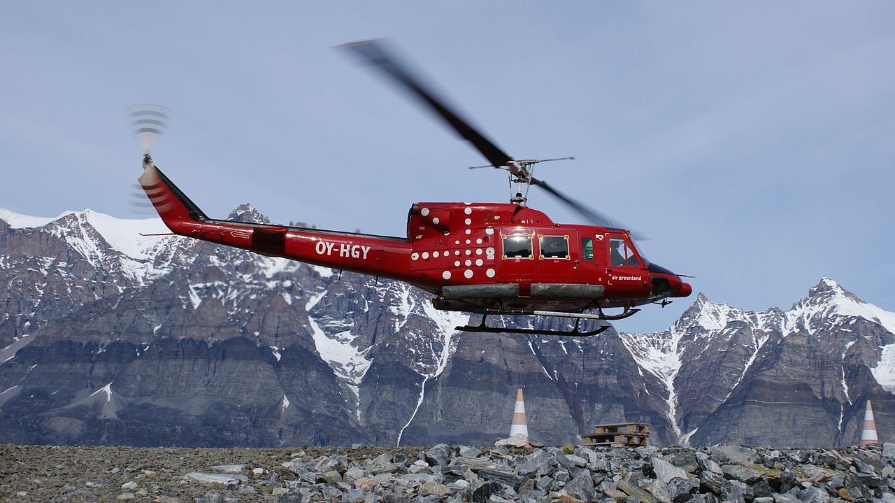 Bell 212-helikopter fra Air Greenland. Foto: Algkalv / Wikimedia Commons.