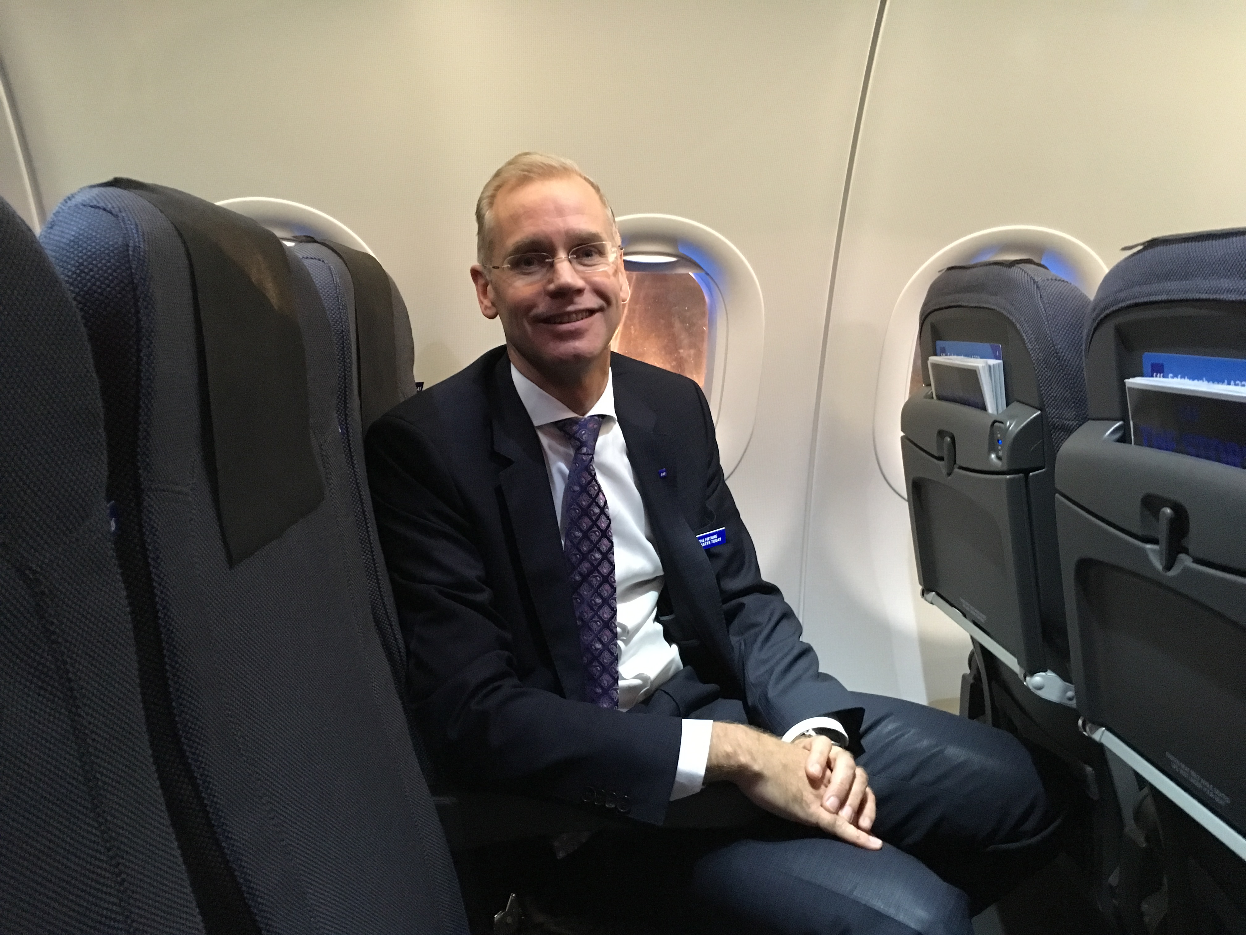 SAS-koncernchef Rickard Gustafson i selskabets nye A320neo. (Foto: Morten Lund Tiirikainen)
