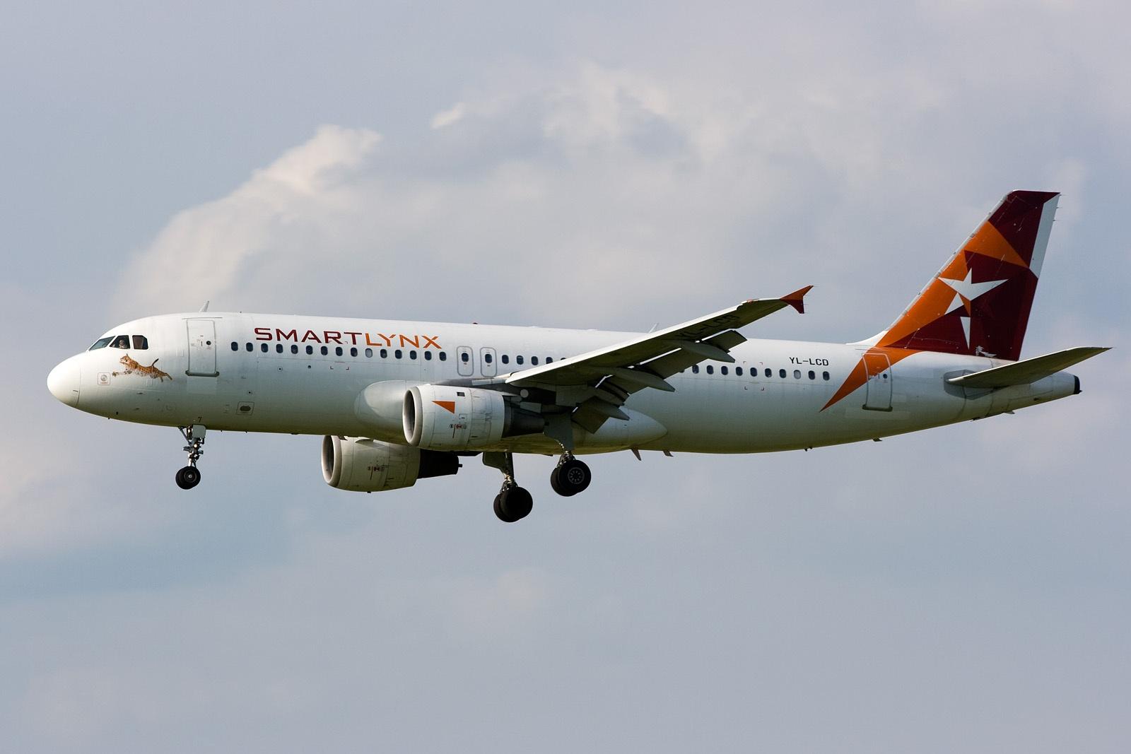 Airbus A320-200 fra SmartLynx Airlines. (Foto: Marek Vanzura)