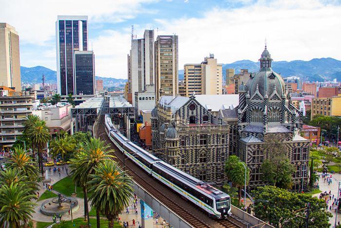 Medellin er den næststørste by i Colombia.