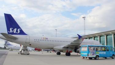 Charterfly fra SAS i Aalborg Lufthavn. (Arkivfoto: SunCharter)