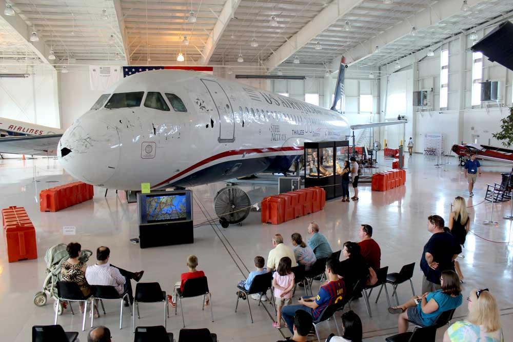 "Flyet kendt som US Airways ""Cactus 1549"" på Carolinas Aviation Museum (Foto: AirPigz)"