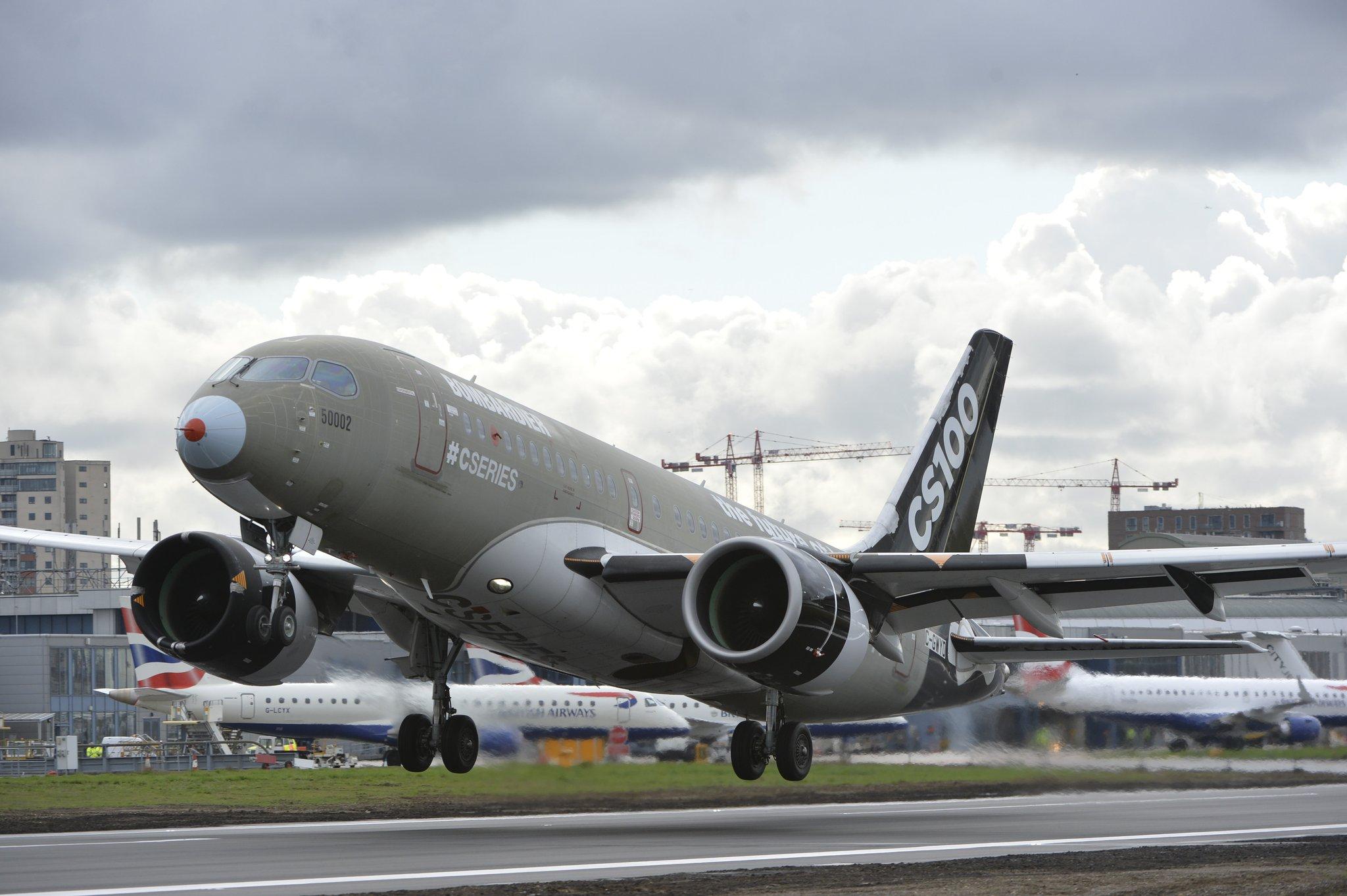 CS100-flyet letter fra London City-lufthavnen og sætter kursen mod New York. Foto: Bombardier.