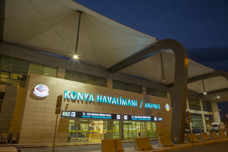 Lufthavnen i Konya havde i 2015 godt 1 mio. passagerer.