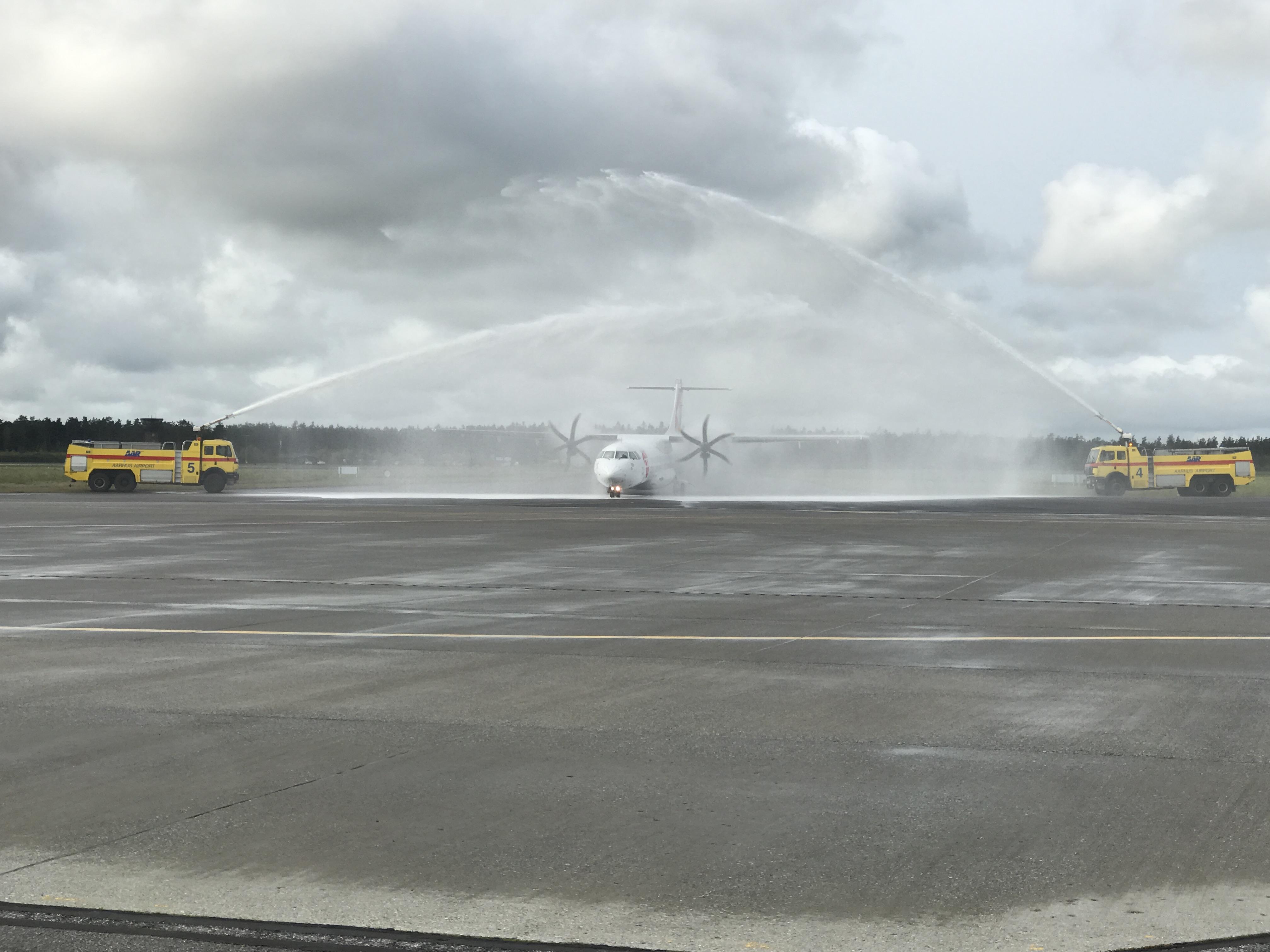 Første ankomst med Czech Arilines OK510 i Aarhus Lufthavn (Foto: Ole Kirchert Christensen)