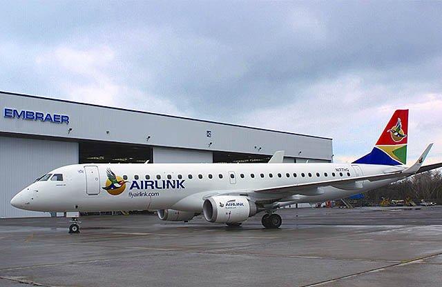 Det første af de 10 Embraer E190-fly blevet leveret til SA Airlink i april. Foto: Embraer.