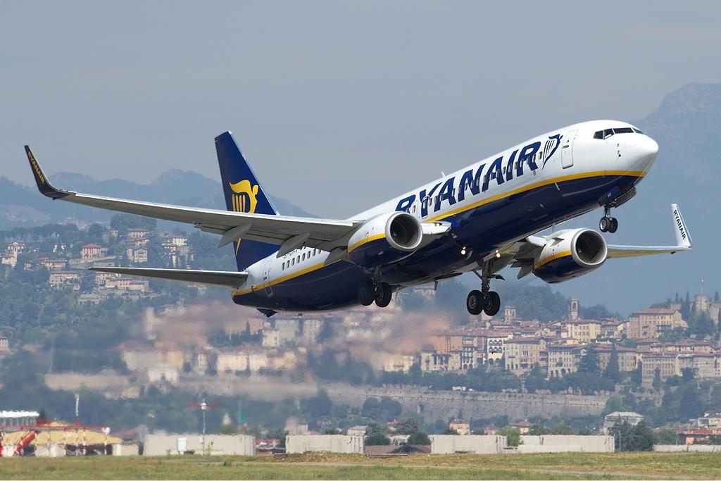 Ryanair-fly letter fra Milano Bergamo-lufthavnen. (Foto: Fabrizio Berni / Wikimedia Commons)