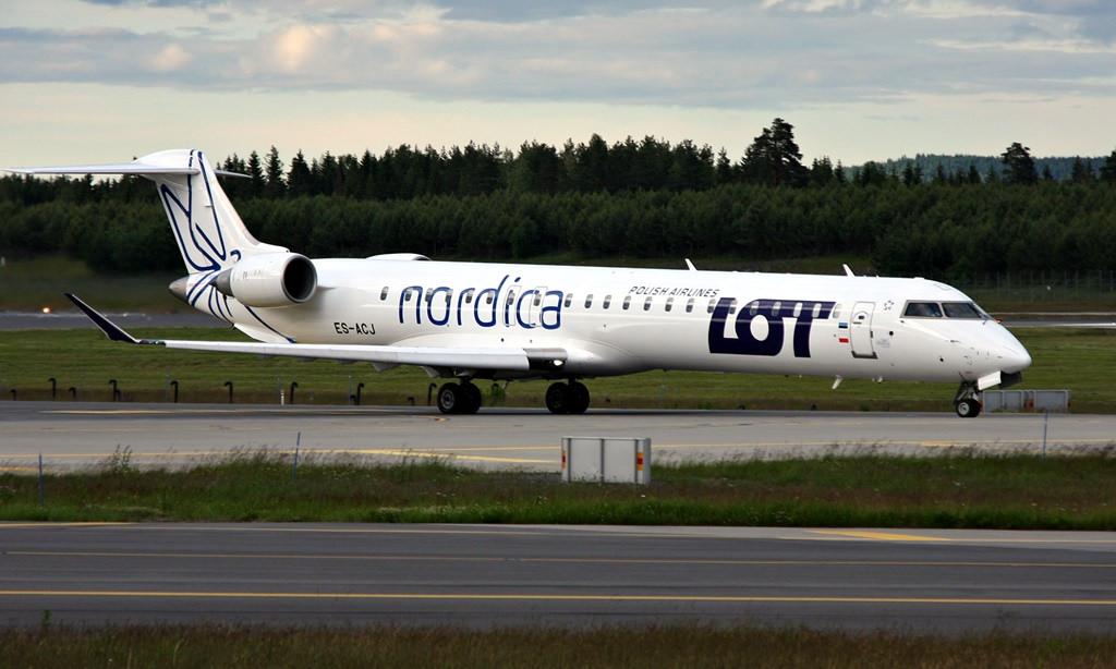 Bombardier CRJ900NG hos Nordica ES-ACJ. (Foto: Inger Bjørndal Foss)