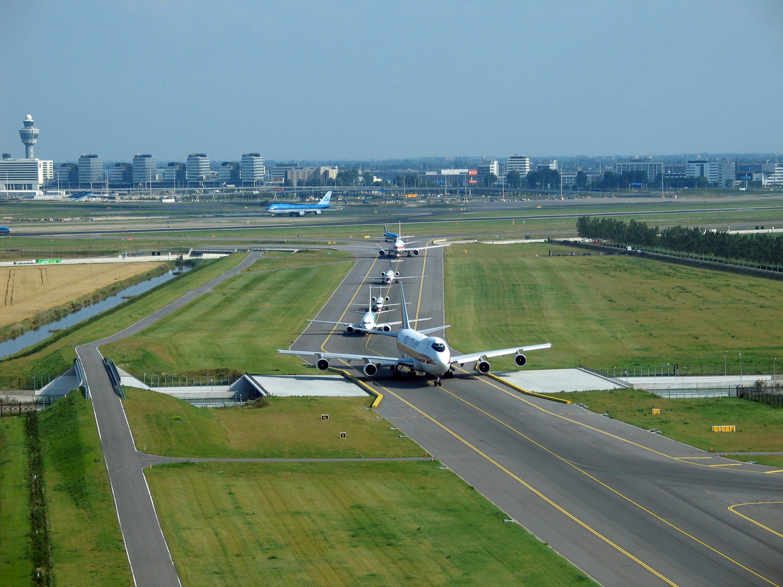 Amsterdam Schiphol Airport (Foto: LNVL Air Traffic Control the Netherlands)