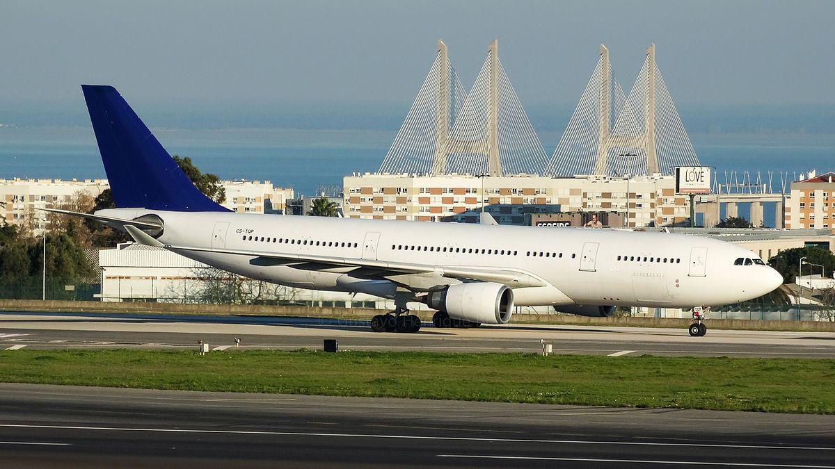 Airbus A330-200 CS-TQP fra Hifly i Lissabon-Humberto Delgado International Airport. (Foto: Gustavo Henrique Brava | Creative Commons 2.0)