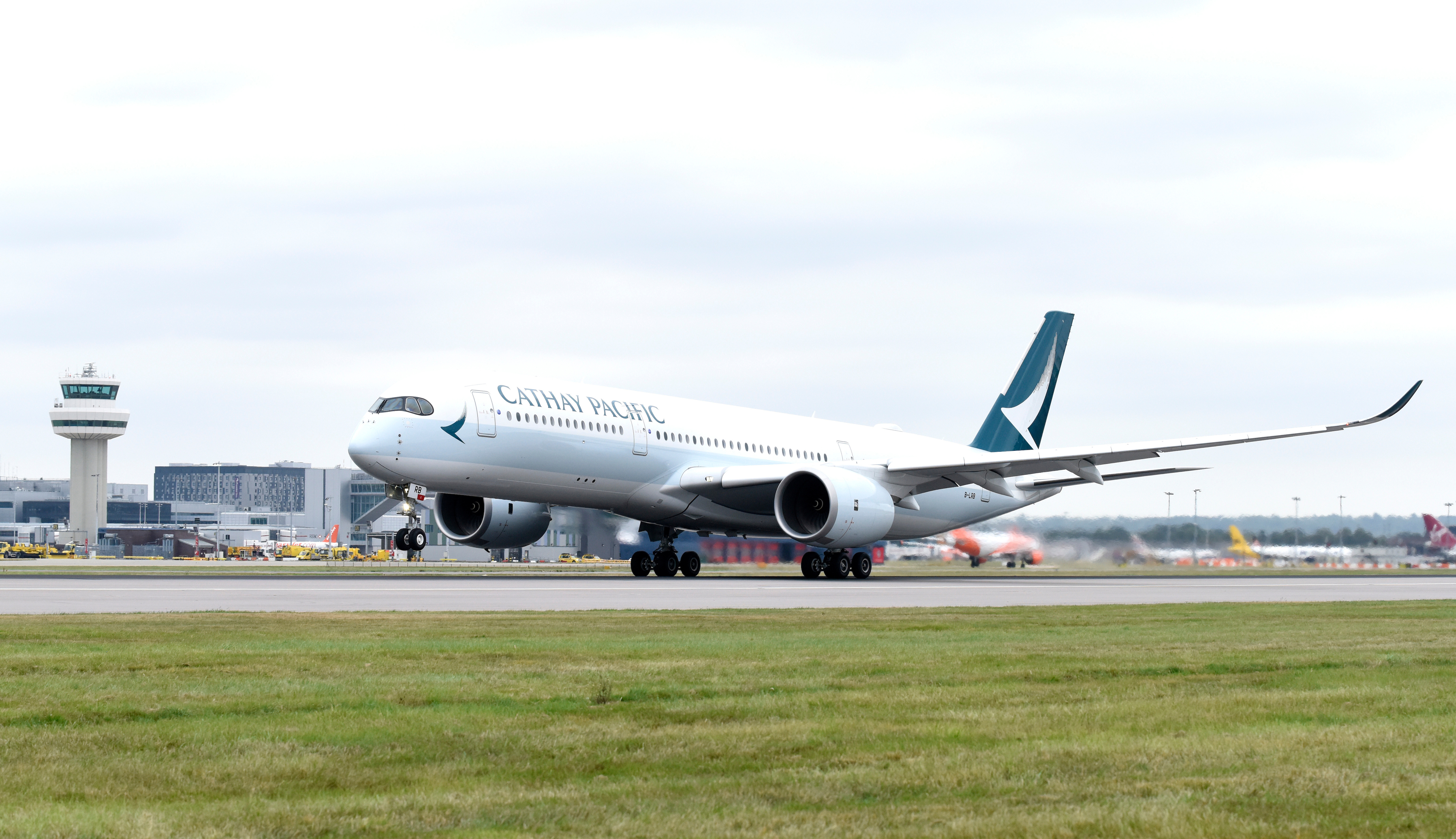 Cathay Pacific Airbus A350-900 XWB i London Gatwick Airport (Foto: Cathay Pacific)