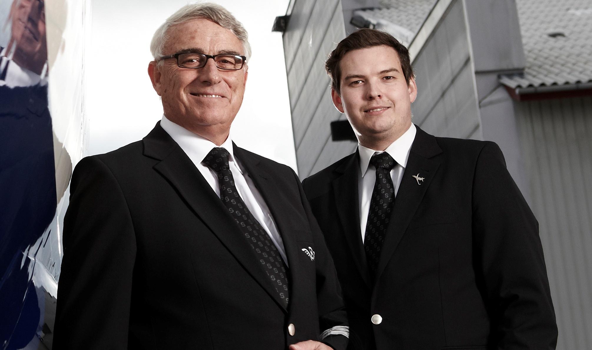 Niels Sundberg t.v. og med sønnen Kristoffer Sundberg. (Foto: Sun-Air)