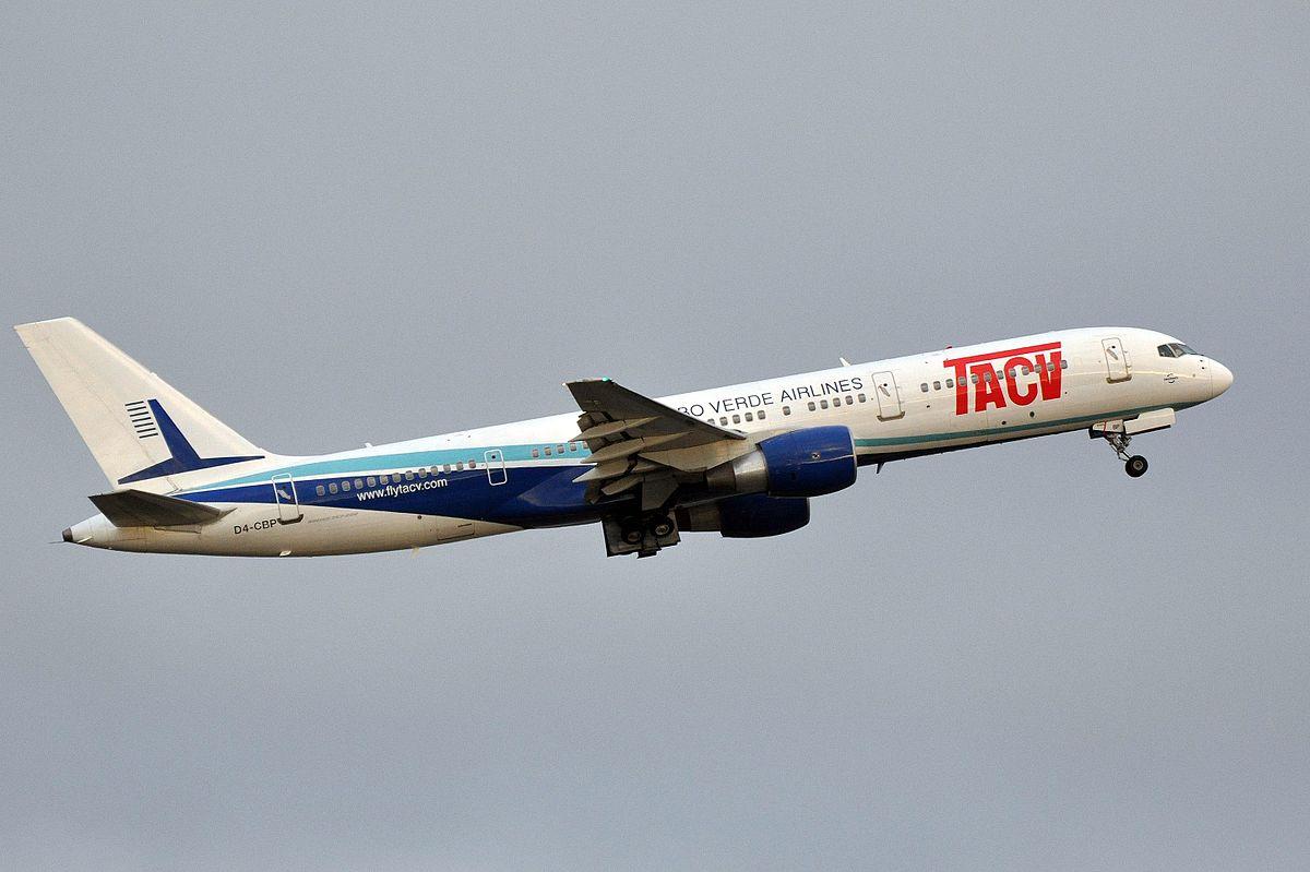 Boeing 757-200 fra TACV Cabo Verde Airlines (Foto: Eric Salard   Creative Commons 2.0)