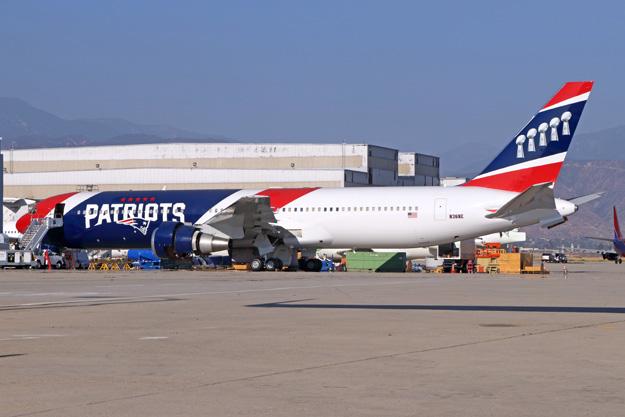 Boeing 767-300ER fra New England Patriots.