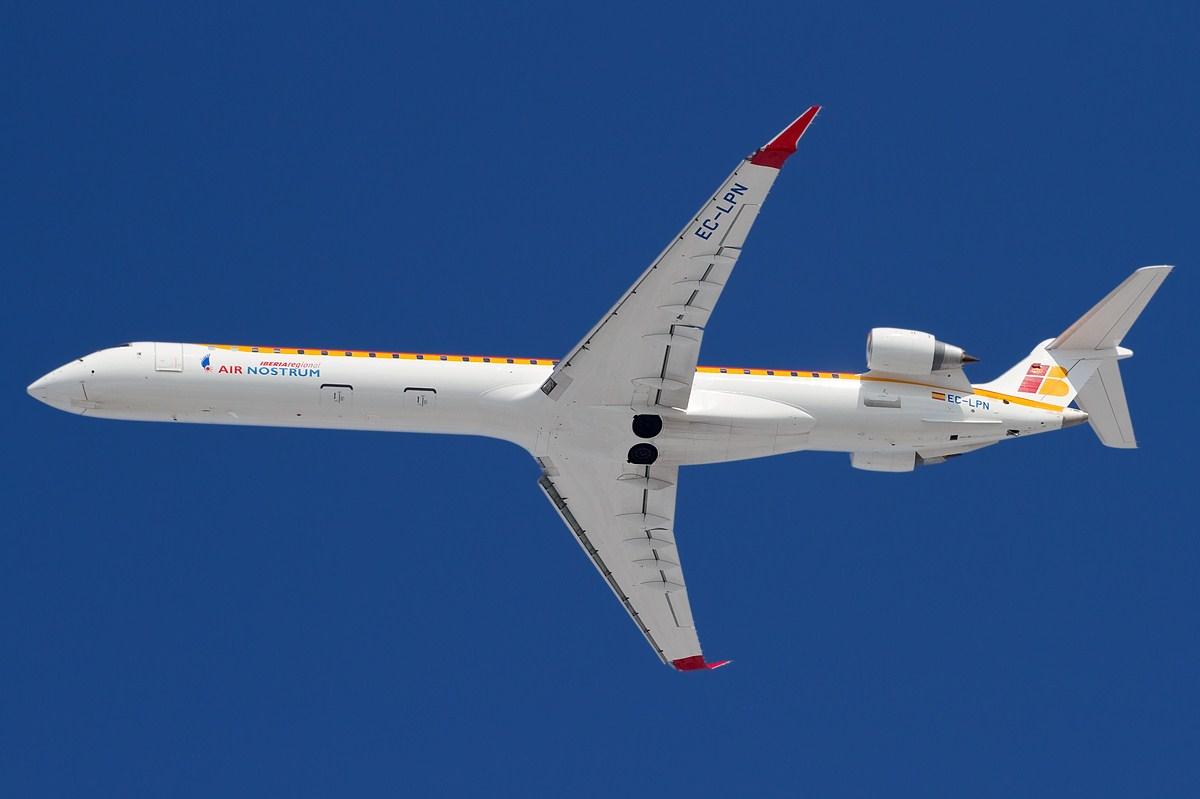 Air Nostrum Bombardier CRJ1000 (Foto: Fabrizio Berni | GUN Free Documentation License)