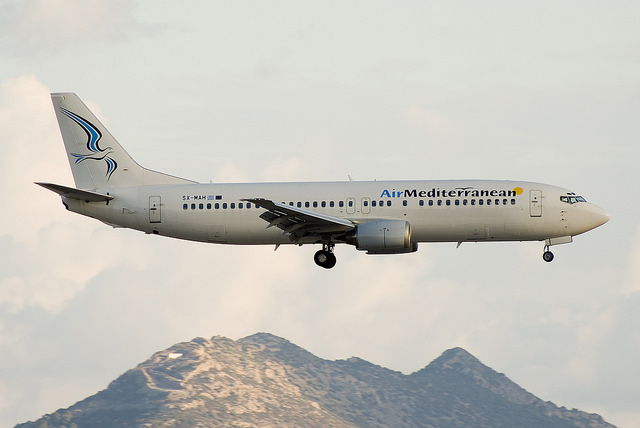 Air Mediterranean Boeing 737-400 – SX-MAH (Foto: Alex Maras)