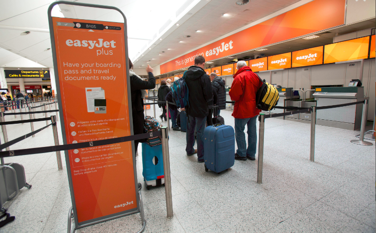 EasyJet check-in område i London Gatwick Airport (Foto: easyJet)