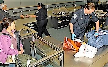 Det lykkedes ikke at smugle en bombeattrap gennem security i Newark. Foto: Newark International Airport.