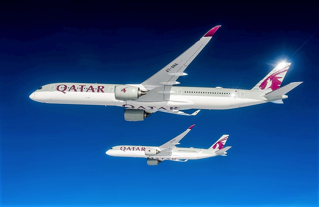 Qatar Airways A350-1000 og A350-900 i formation. Foto: Qatar Airways.