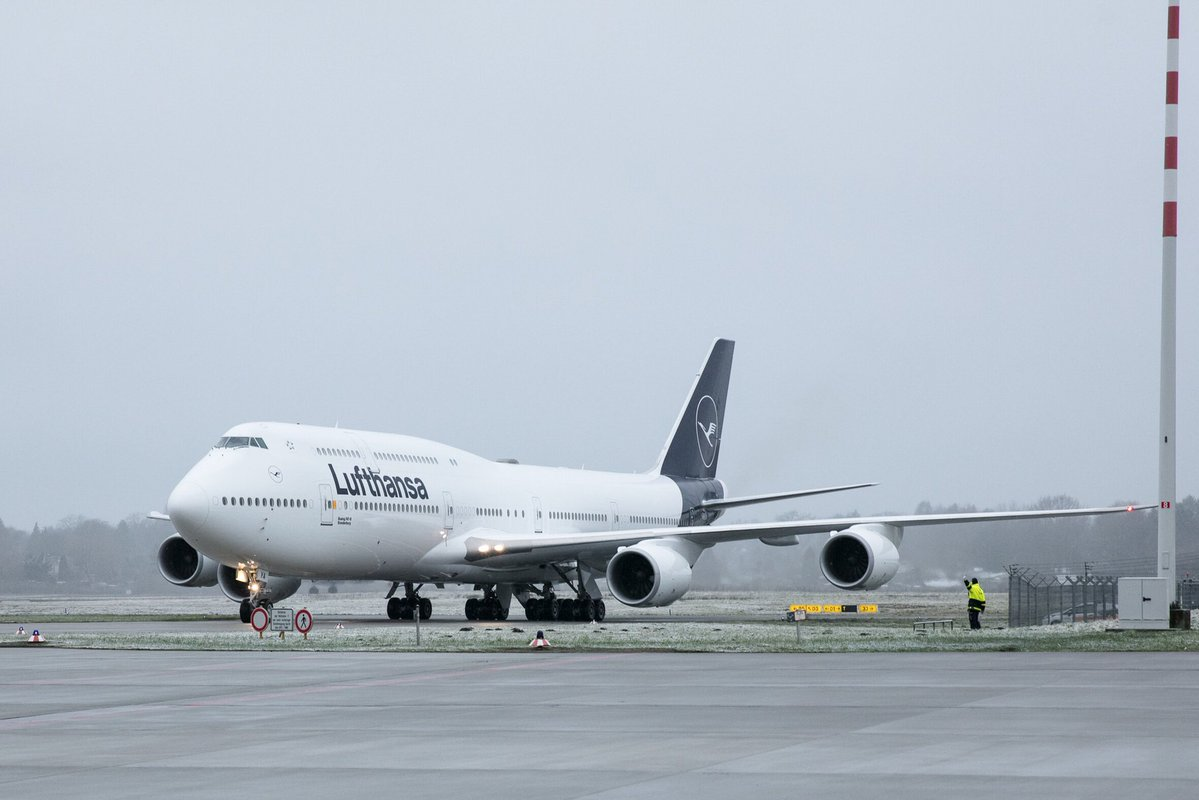 Lufthansa Boeing 747-8 (D-ABYA) i Frankfurt den 3. februar. (Foto: Lufthansa)