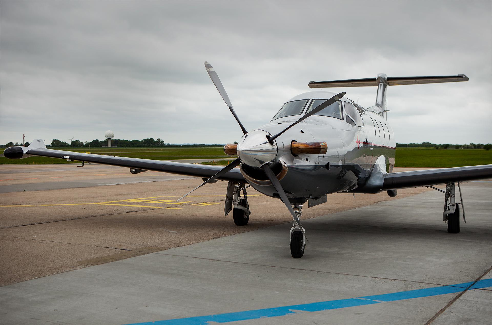 Copenhagen AirTaxi vil flyve med en Pilatus PC-12 fra Roskilde til Herning. Foto: Copenhagen AirTaxi