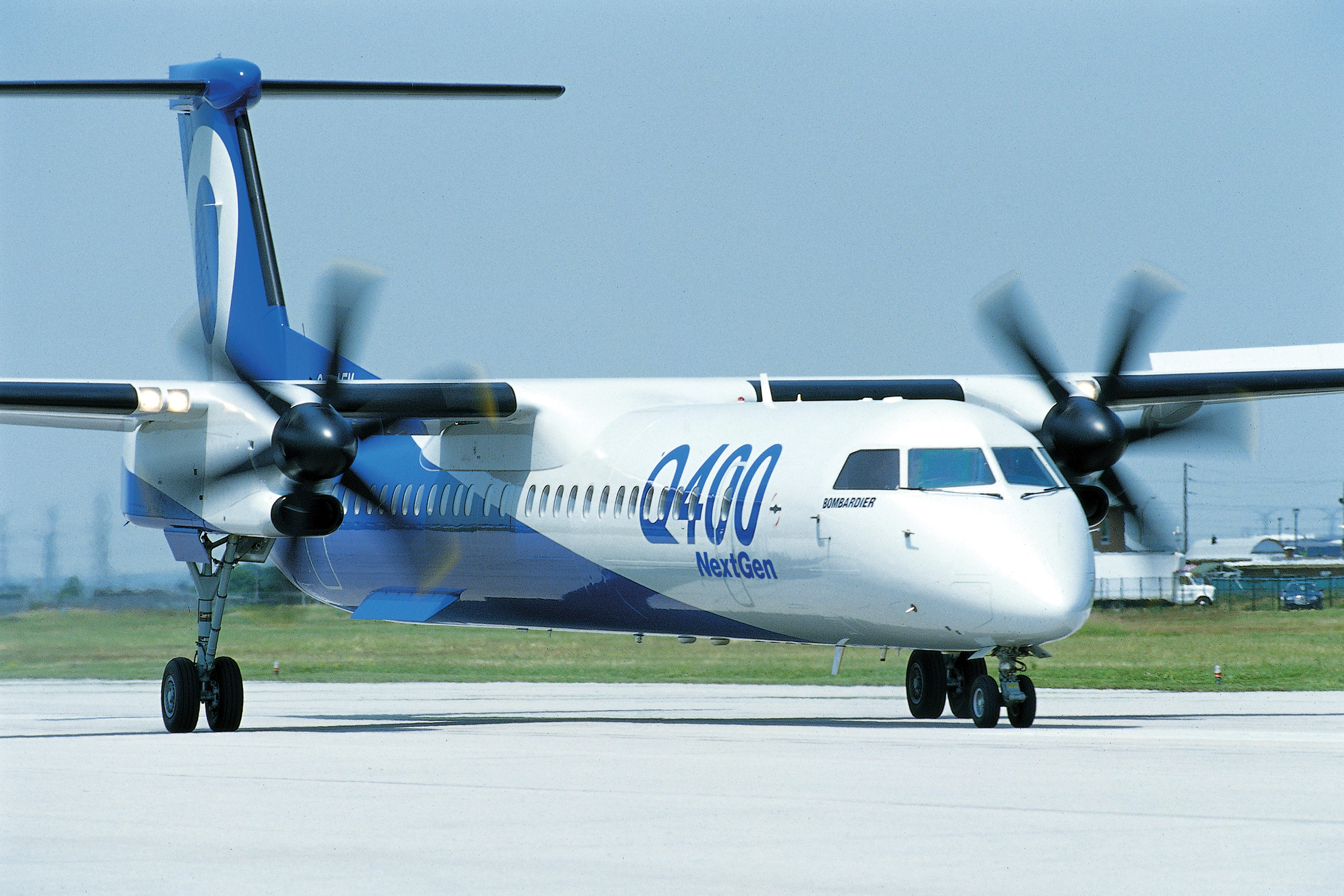 Bombardier Q400 (Foto: Bombardier Commercial Aircraft)