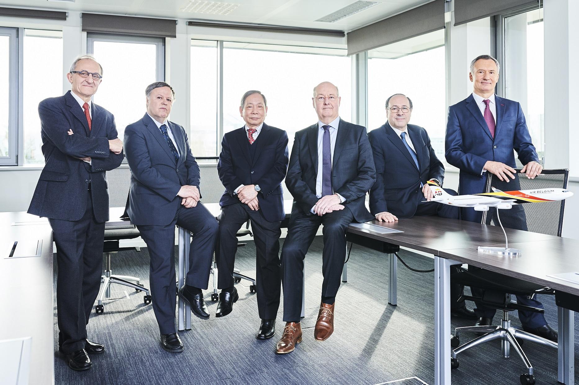 Aktionærerne i Air Belgium. Fra venstre mod højre:  Jean-Marie Focant, Mikko Rautio, Peter Yip, Niky Terzakis, Eric Bauche og Alexey Sumchenko  (Foto: Air Belgium)